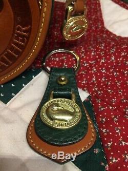 Dooney & Bourke ICONIC3 Piece SetBIG DUCK Green/Tan Crsbdy Coin Purse Kychain