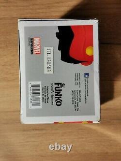 Funko Pop Metallic Red Hulk #31 SDCC 2013 Limited Edition 480 pieces Damaged