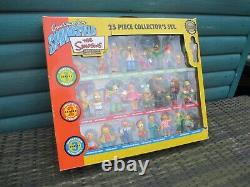 Greetings from The Simpsons Limited Edition Figures 25 Piece Collector's Box Set
