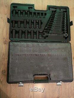 Halfords Advanced 200 Piece Socket Ratchet Spanner Set Limited Edition Black