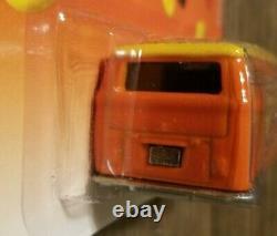 Hot Wheels Pop Culture Volkswagen Micro Bus Hersheys Reeses Pieces Very Rare