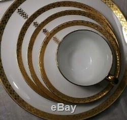 ONETiffany Porcelain Dinner 5 Piece Place Setting Frank Lloyd WrightImperial
