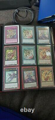 Yu-Gi-Oh Collection Binder Blue Eyes Dark Magician Holos & More