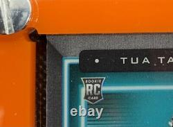Autographié Tua Tagovailoa 4/25 Panini Playbook Booklet With6gu Patch Rc & Display