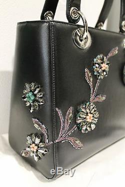 Dior Lady Dior Patch Floral Agrémentée Noir En Cuir Sac Moyen Édition Limitée
