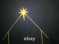 Fenton Art Glass First Edition Nativity 12 Piece Set Plus Gold Star Of Bethlehem