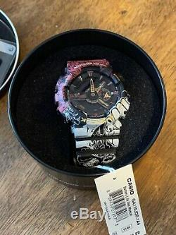 G Shock One Piece Collaboration Timepiece Avec Des Étiquettes Limited Edition
