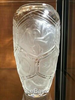 Un Superbe & Rare Vase Lalique France Modèle Hesperides Édition Limitée