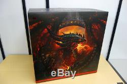 World Of Warcraft Deathwing Statue 25.5 Limited Edition Nouveau Avec Brisure